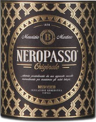 Etiket van de Neropasso Rosso IGT Veneto | Een intens mooie Italiaanse blend van de druivensoorten Corvina, Corvinone en Cabernet Sauvignon | Gemaakt volgens de appassimento-methode, waarbij een gedeelte van de druiven voor het persen wordt ingedroogd